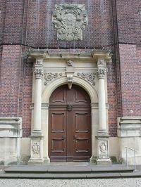 Eingang der Jesuitenkirche